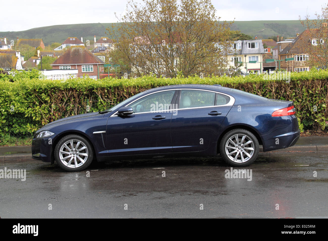 Jaguar XF 2.2D Premium Luxury (2012 style update), Surrey, England, Great Britain, United Kingdom, UK, Europe - Stock Image