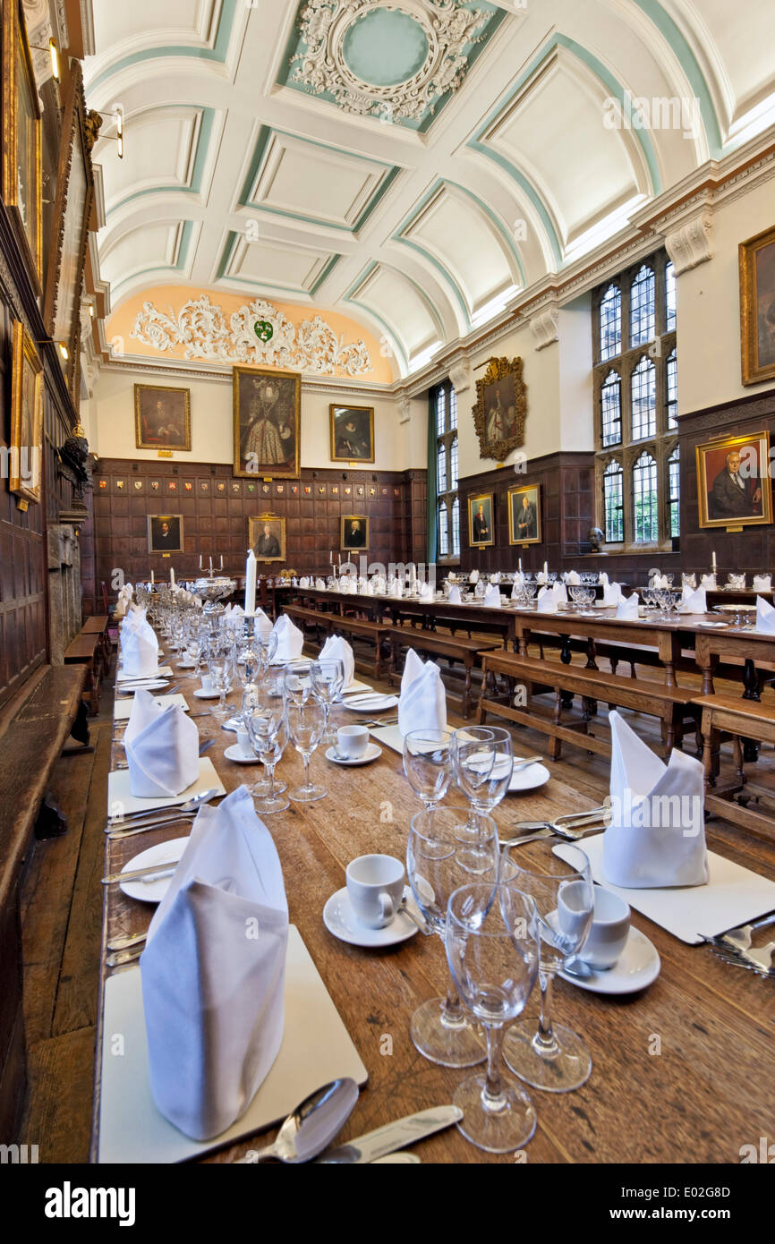 Jesus College Oxford, Oxford, United Kingdom. Architect: N/A, 1571. Dining Hall laid out for banquet. - Stock Image