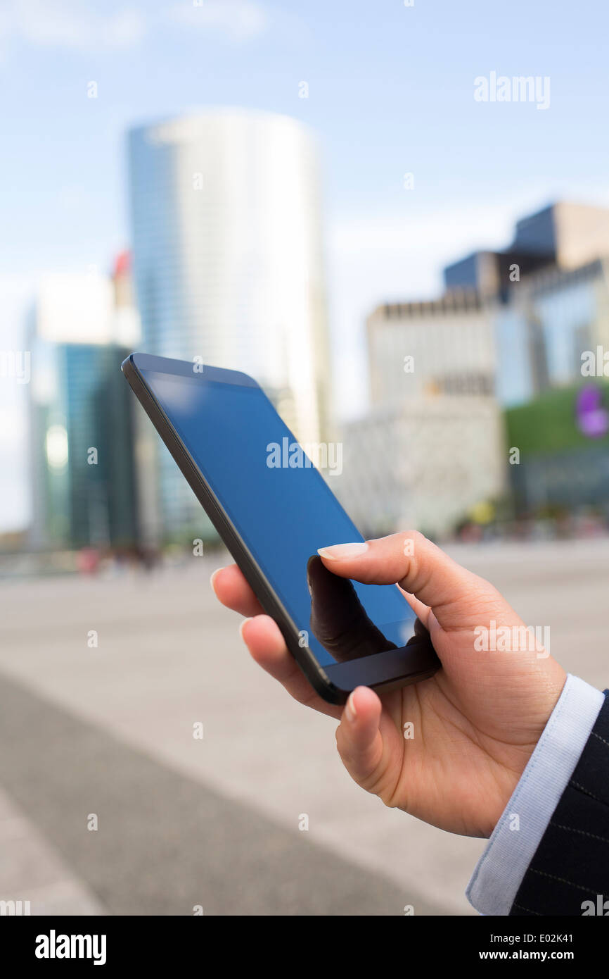 Female smartphone hand summer message sms e-mail - Stock Image