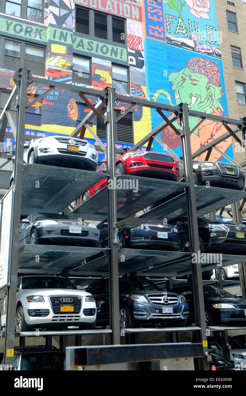 Inner city parking solutions, Midtown, New York, USA - Stock Image