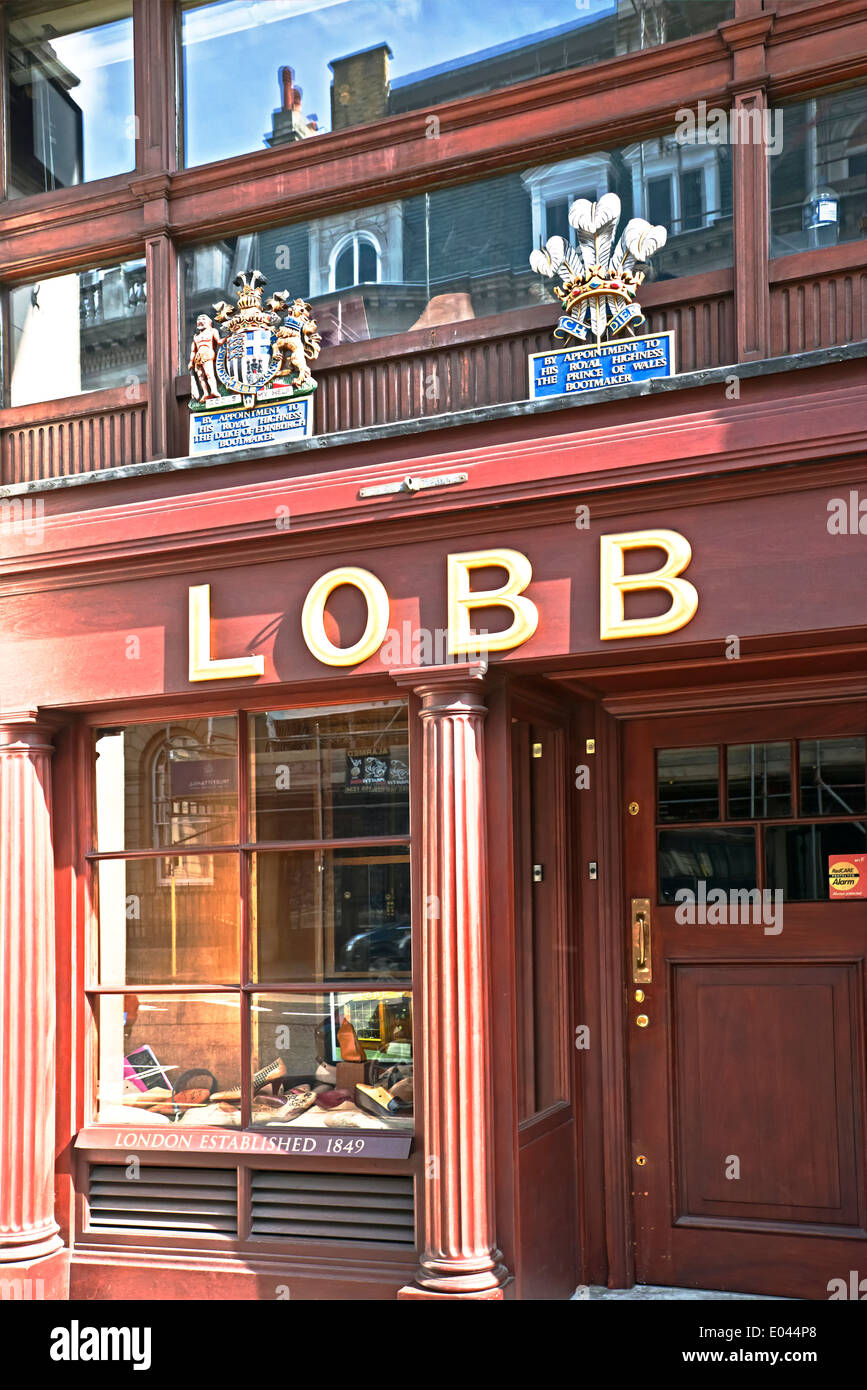 Shop window of the bootmaker Lobb, St. James Stzreet, Piccadilly, - Stock Image