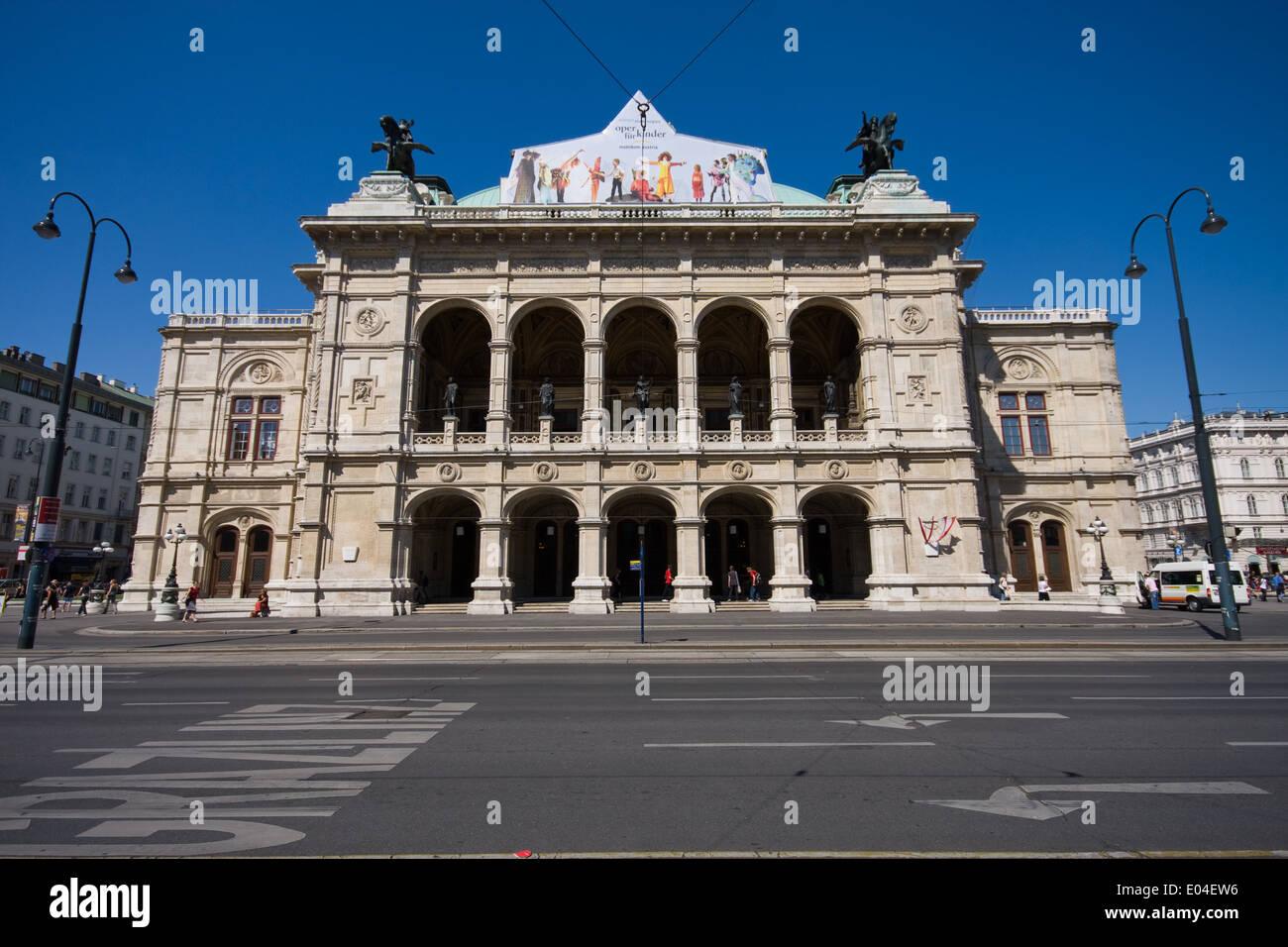 Staatsoper, Wien, Österreich Stock Photo