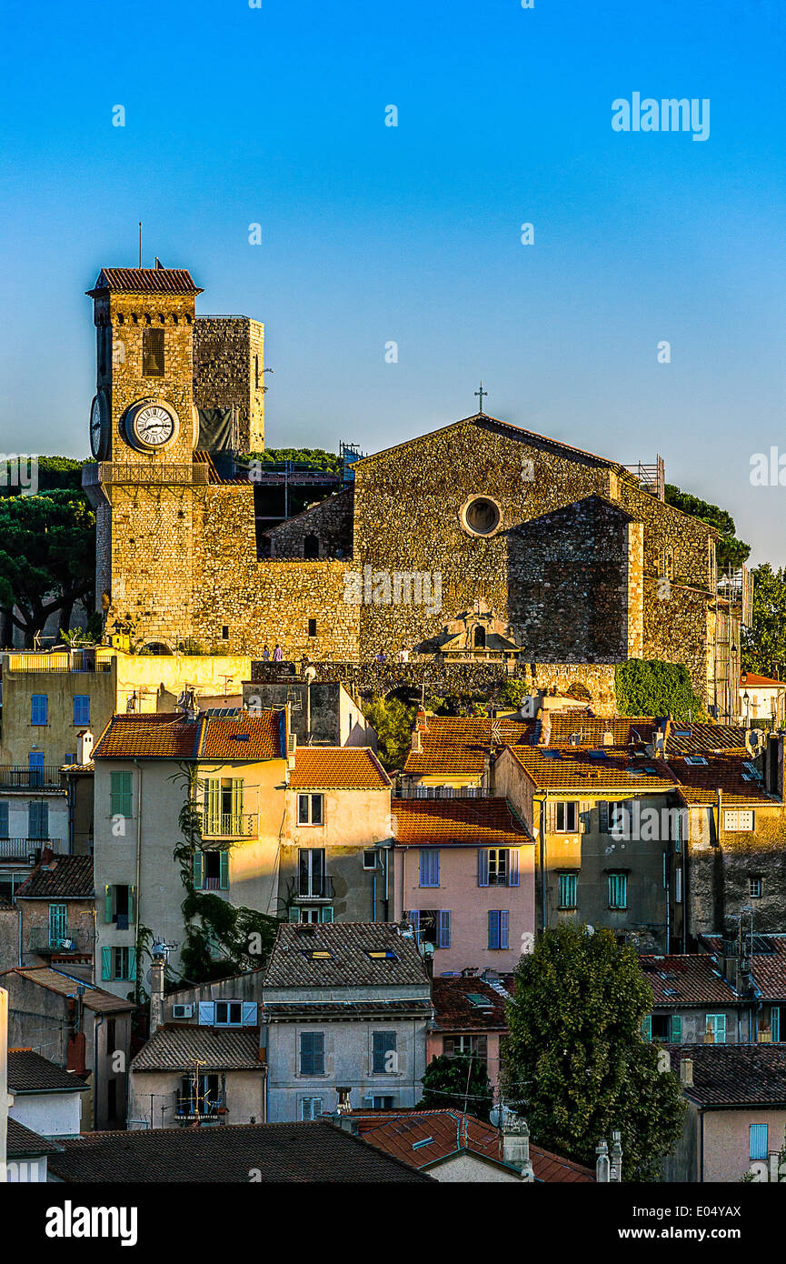 Europe, France, Alpes-Maritimes, Cannes. Suquet church. - Stock Image
