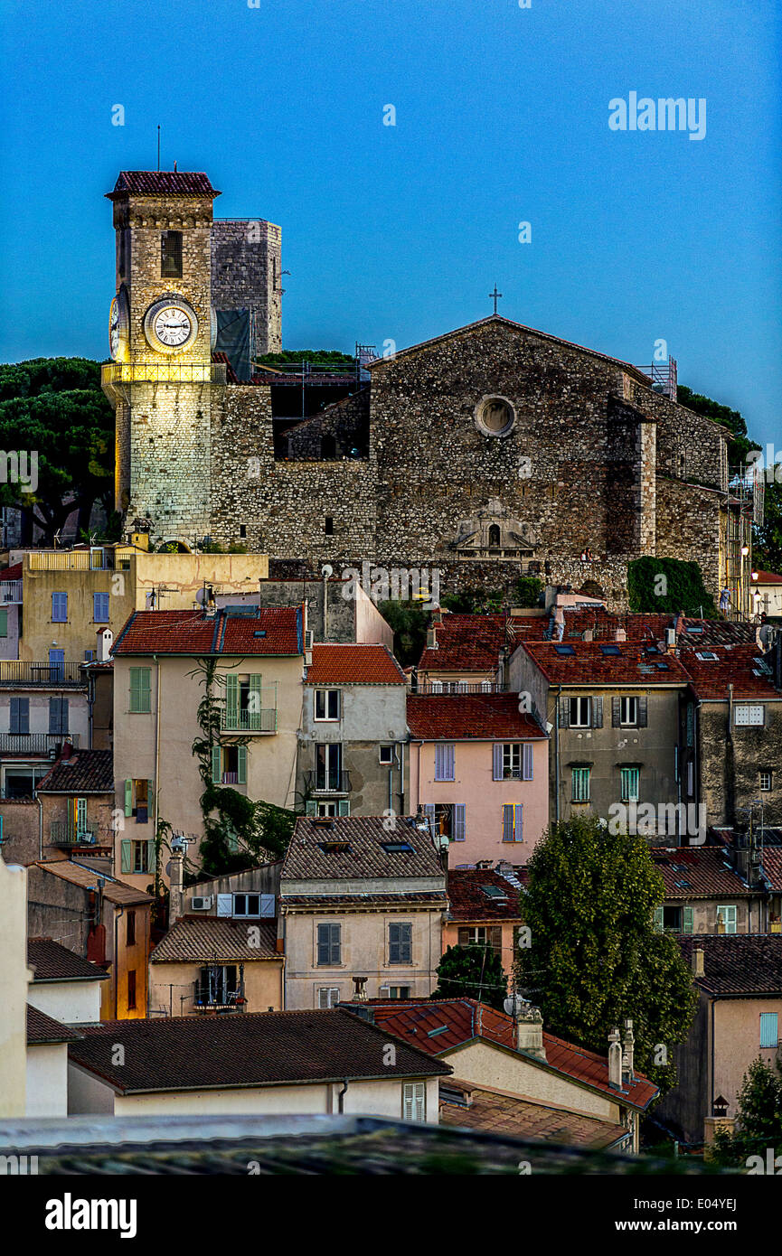 Europe, France, Alpes-Maritimes, Cannes. Suquet, church at dusk. Stock Photo