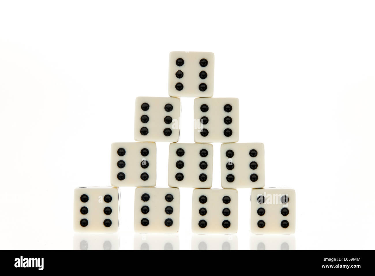 Many cubes of a play. Sechser. Luck and success in the play., Viele Wuerfel eines Spieles. Sechser. Glueck und Erfolg im Spiel. - Stock Image