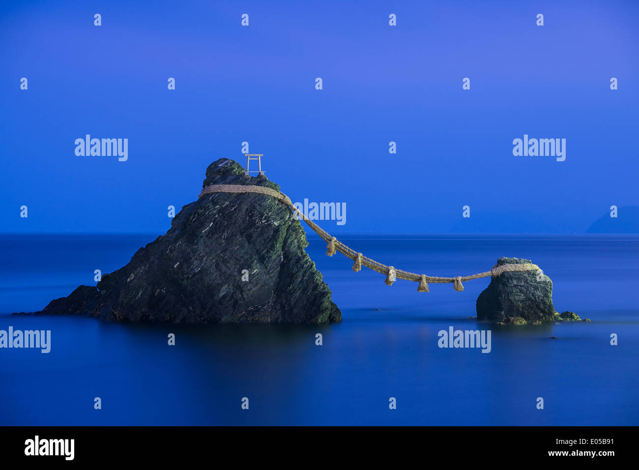 Meoto Iwa Rocks, Futami, Mie Prefecture, Japan. - Stock Image