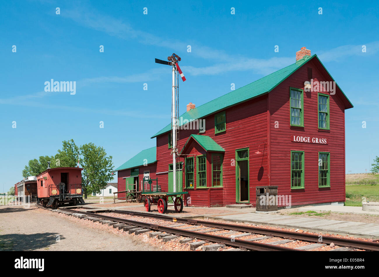Montana, Hardin, Big Horn County Historical Museum, Lodge Grass Depot, railroad station dates from 1906 - Stock Image