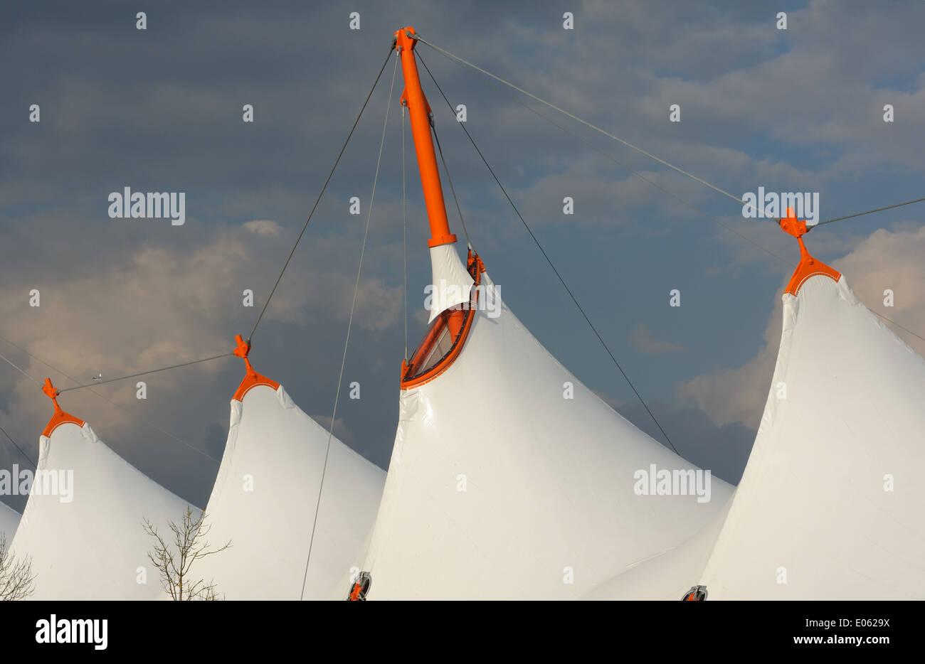 The fabric roof of the Ashford Designer Centre against a black sky. Ashford, Kent, UK. 25Mar14 - Stock Image