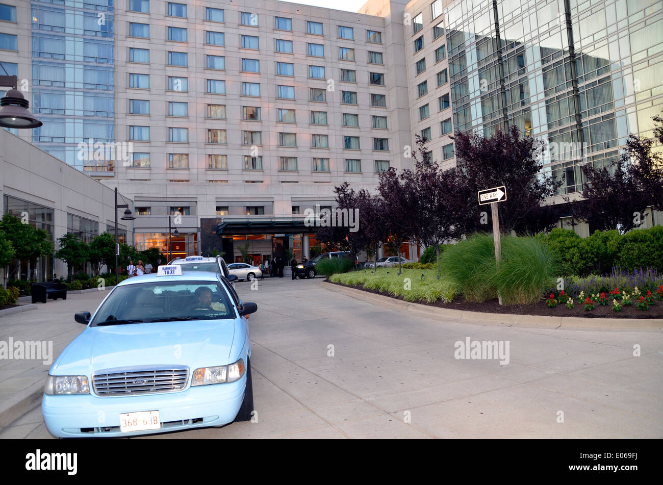 taxicab sitting outside a hotel in Bethesda, aryland Stock Photo