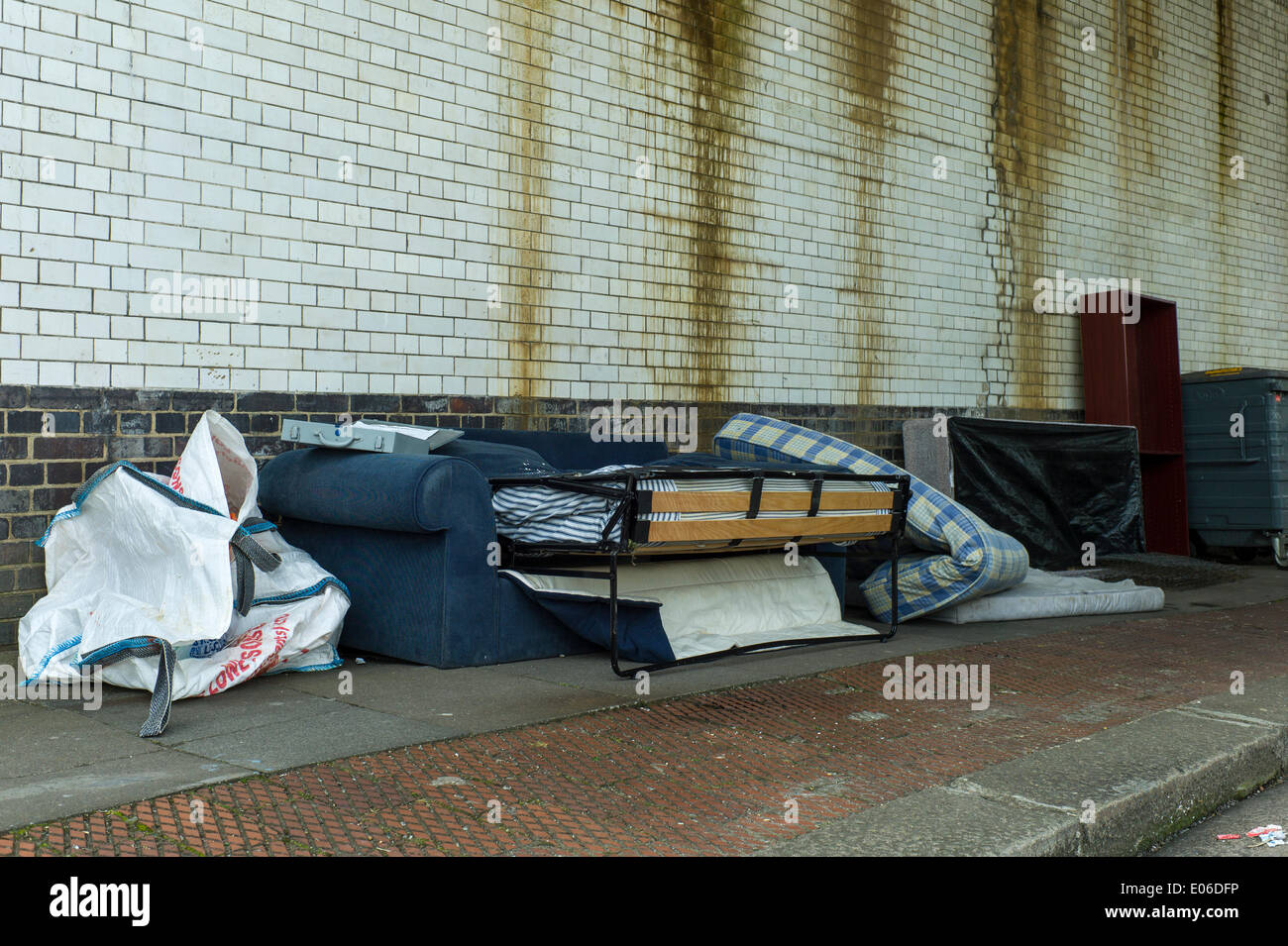 London, UK. 04th May, 2014. London Borough of Barnet, Golders Green NW11 thought of as an affluent area of London has a big problem with fly-tipping, and in particular the illegal dumping of beds and mattresses. © Rena Pearl/Alamy Live News - Stock Image