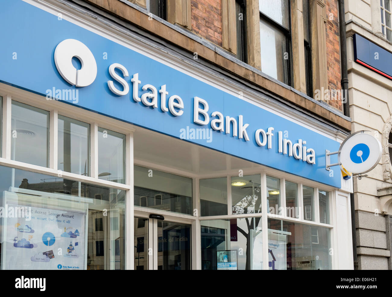 State Bank of India sign above the local branch for the large population of Asians in Wolverhampton, West Midlands, England, UK - Stock Image