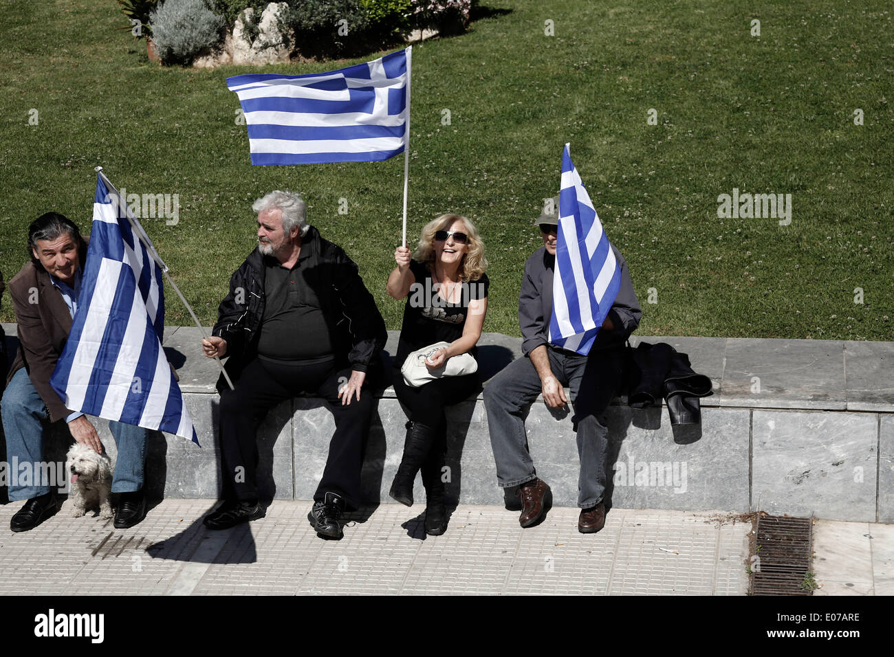 Athens, Greece. 5th May 2014. Golden Dawn supporters gathered outside the Athens Supreme Court. Golden Dawn MPs were invited by the Special Appellate magistrate, to account for the category of membership and directing a criminal organization. Athens, Greece on May 5, 2014. Credit:  Konstantinos Tsakalidis/Alamy Live News - Stock Image