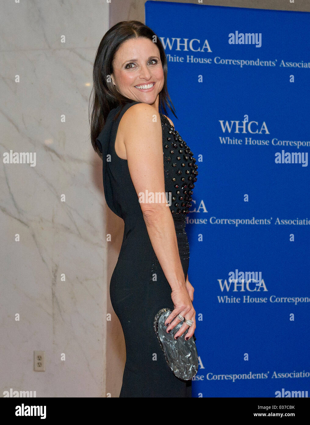 Julia Louis Dreyfus Arrives For The 2014 White House