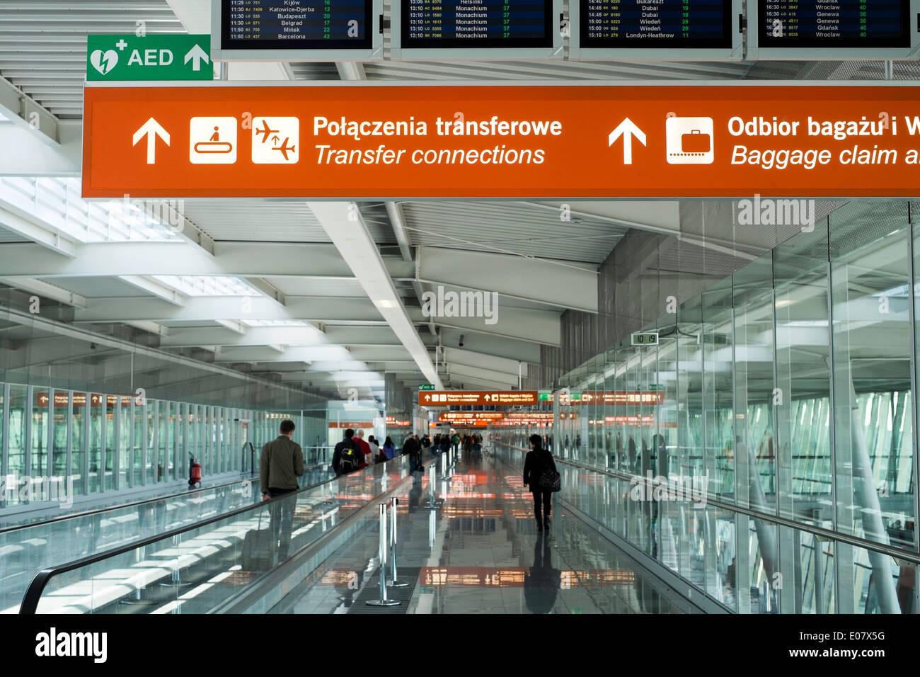Aeroporto Waw : Poland airport stock photos & poland airport stock images alamy