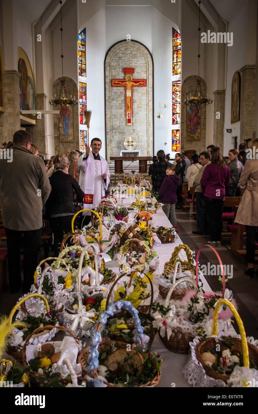 Easter Holiday food blessing, Starachowice, Poland - Stock Image