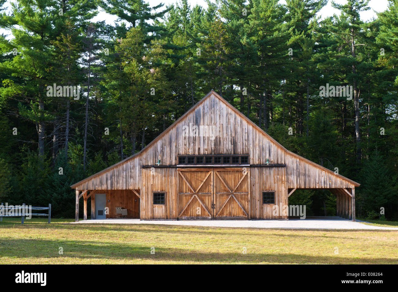 Post and beam barn at the Russell-Colbath Homestead, New Hampshire, USA. - Stock Image