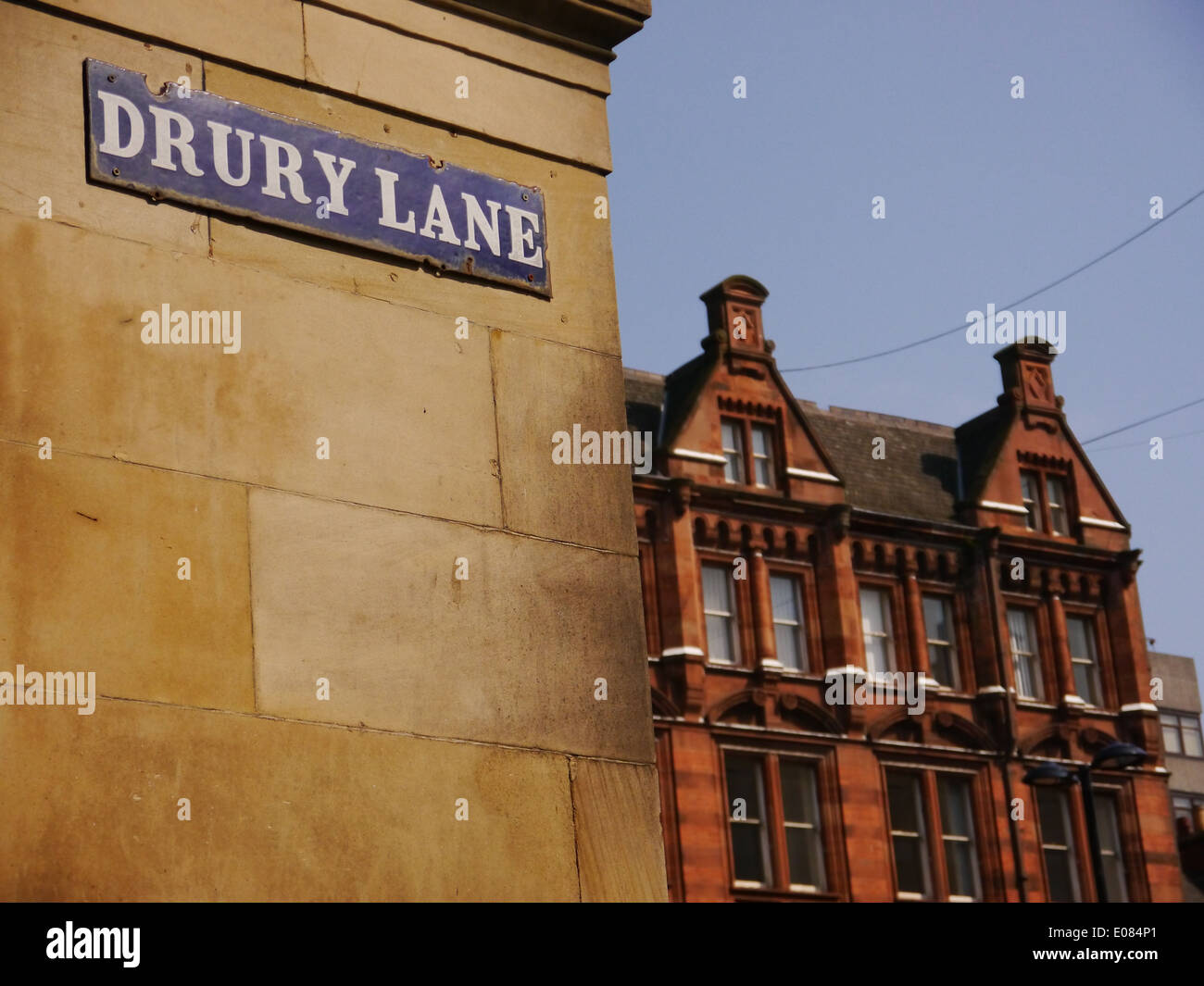 Drury Lane sign and architectural detail of historic Churchill building in Dean Street, Newcastle upon Tyne, England, UK - Stock Image