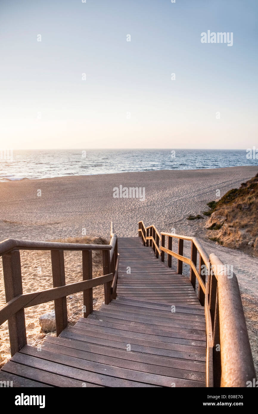 Delicieux Stairs To The Beach At Praia Das Bicas, Sesimbra, Portugal ...