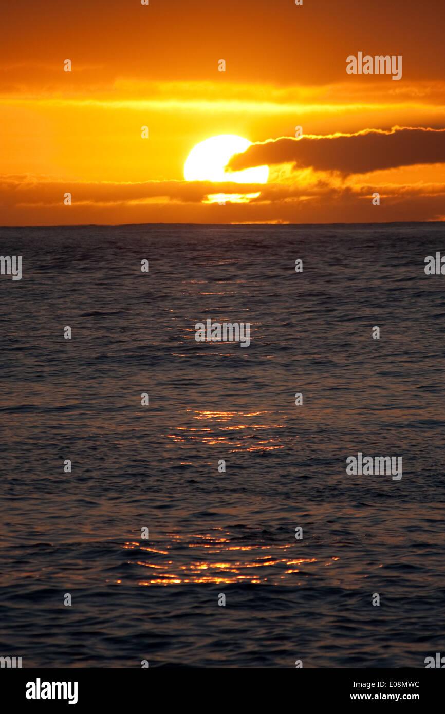 Sonnenuntergang über dem Meer, Teneriffa, Spanien Stock Photo