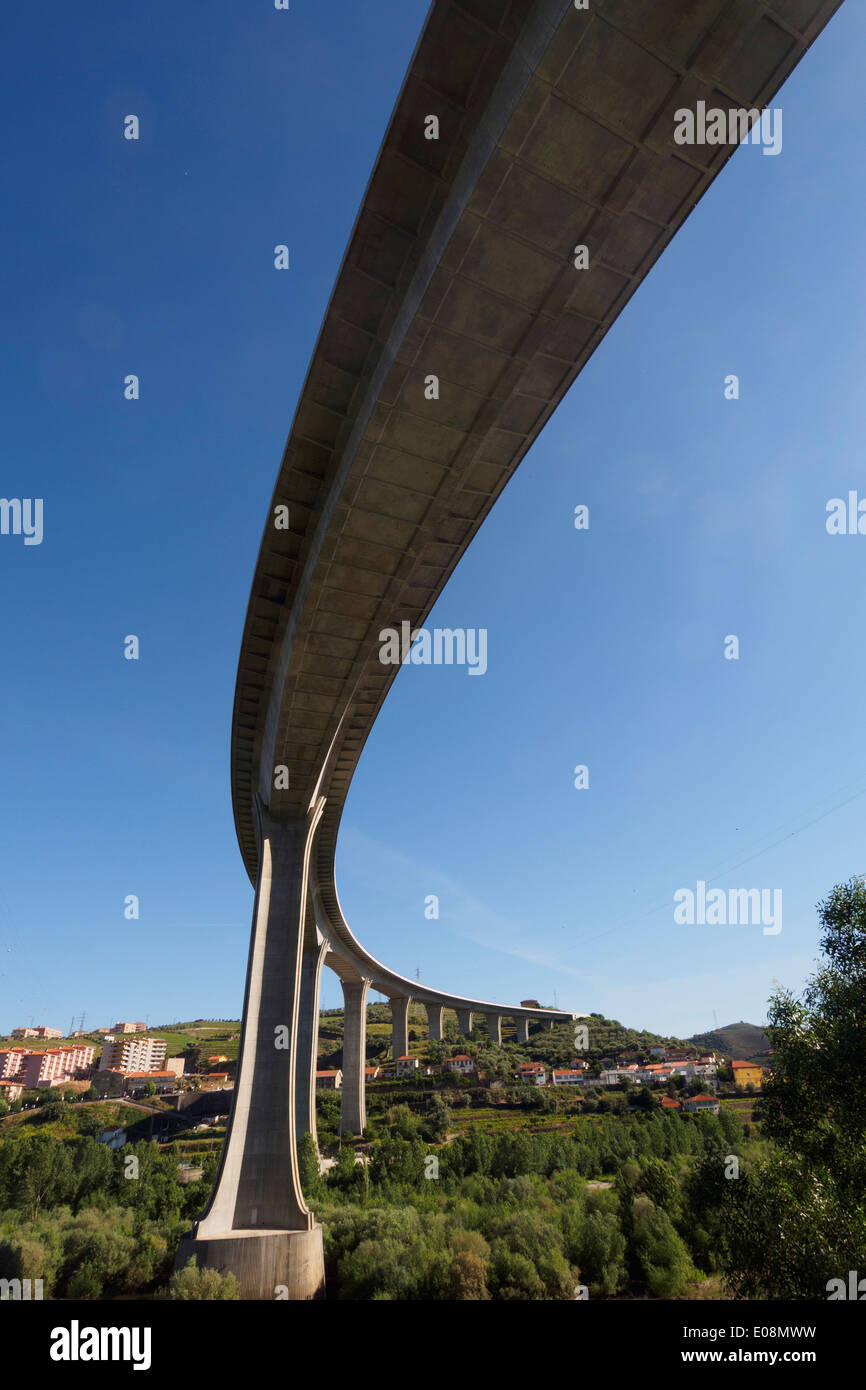 Bridge viewed from below - Stock Image