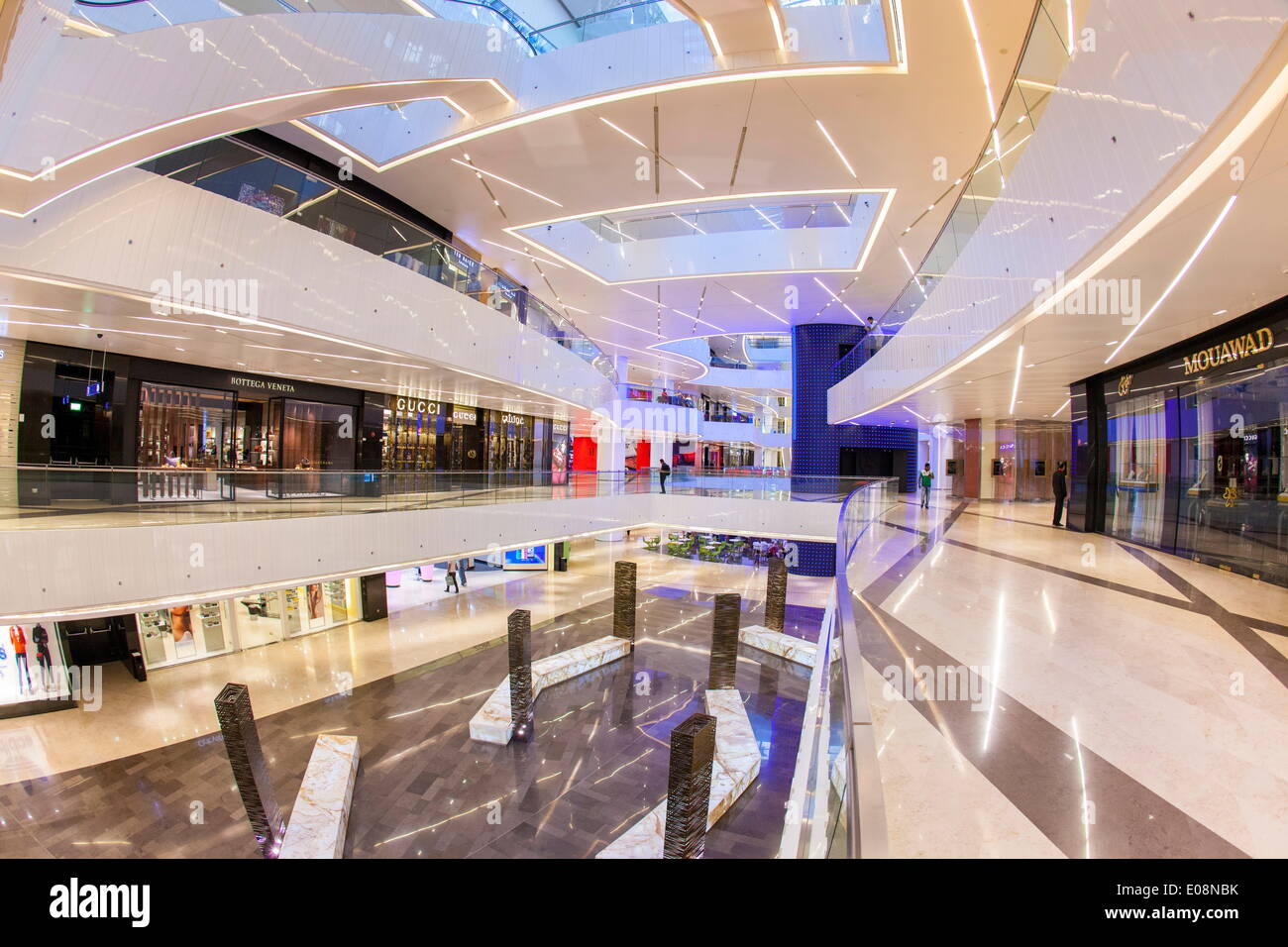 Al Hamra Tower, completed in 2011 includes a luxury business and shopping center, Kuwait City, Kuwait, Middle East - Stock Image