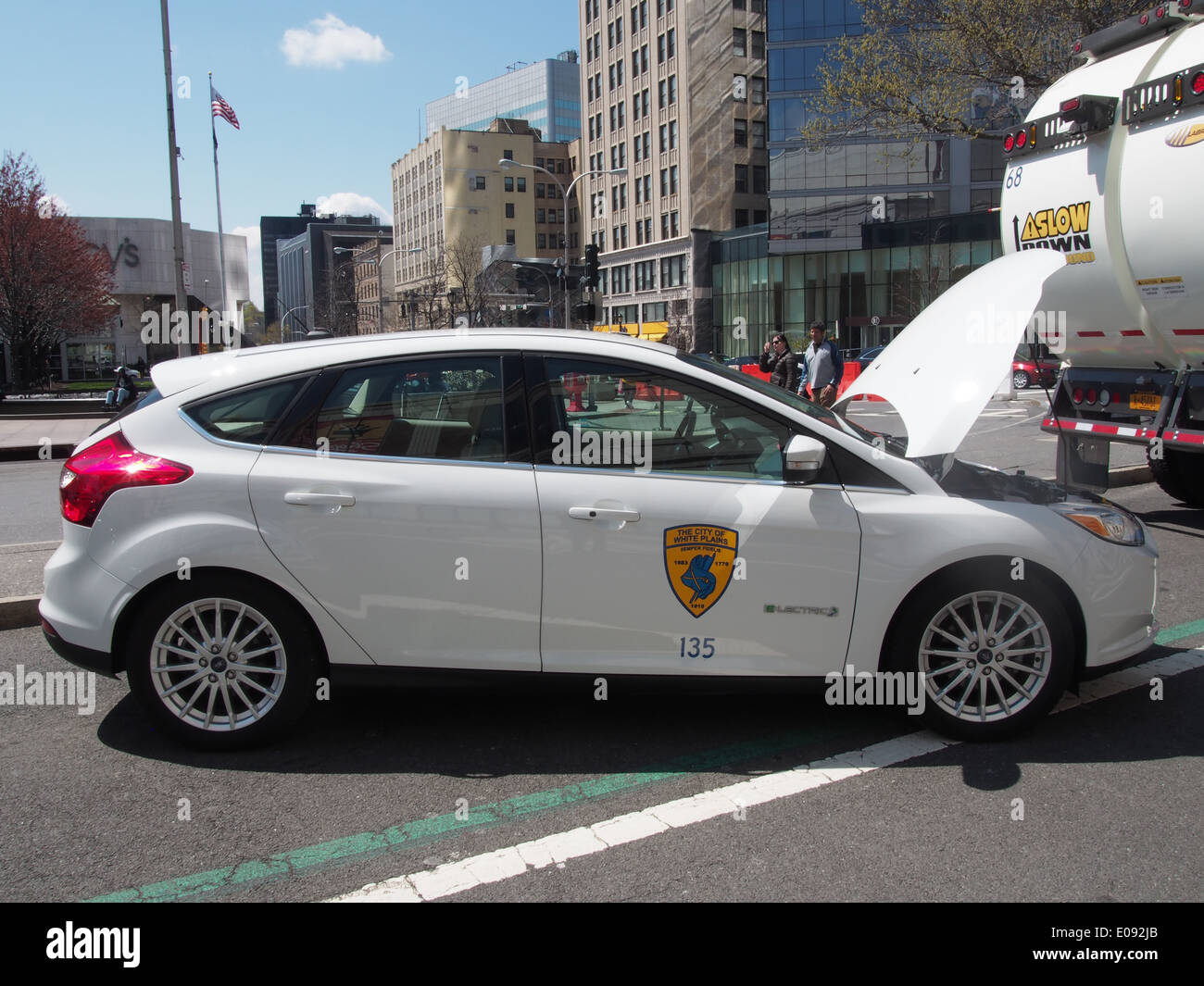 Electric police car on display at an Earth Day festival in White Plains, NY, April 26, 2014, © Katharine Andriotis - Stock Image