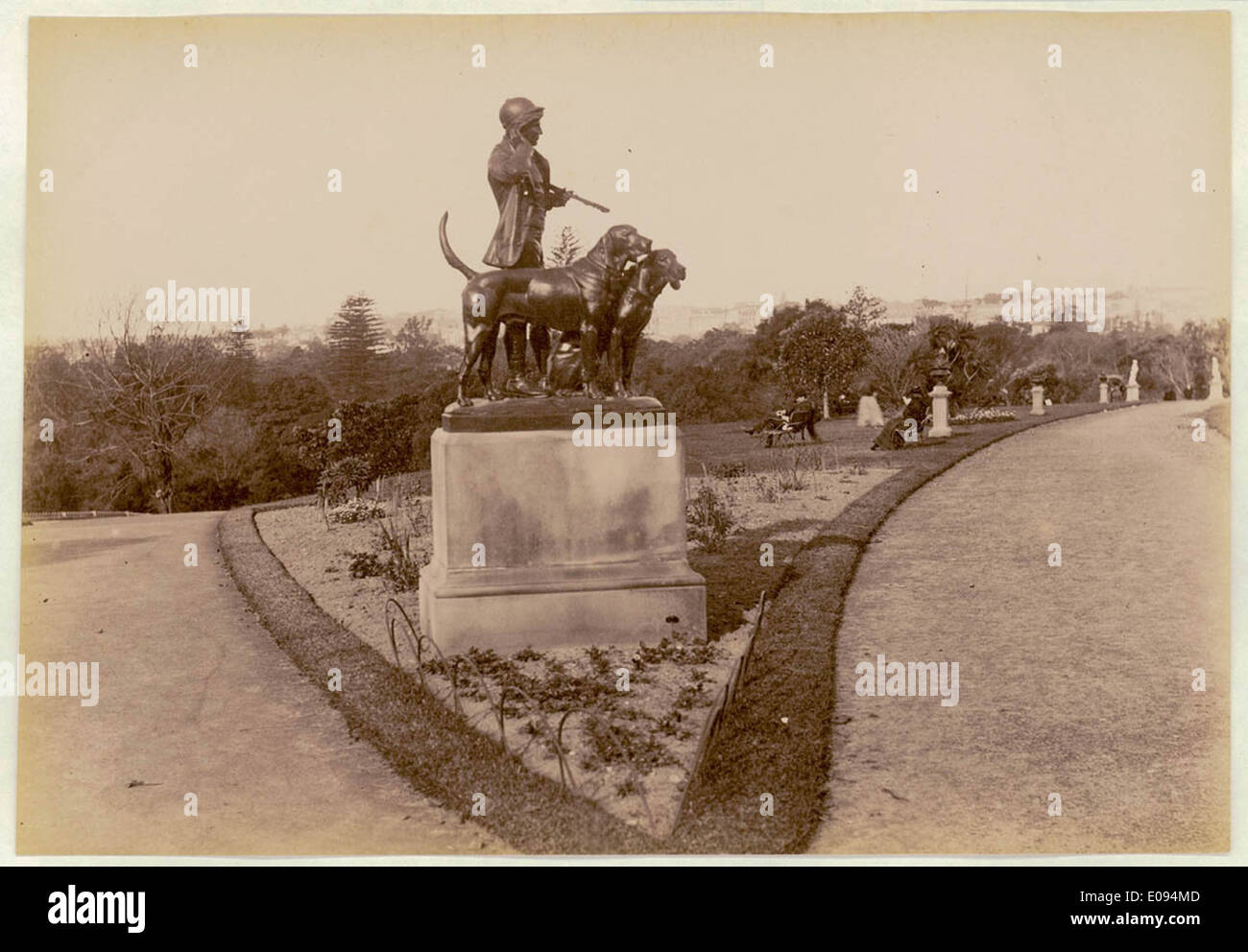 Botanical Gardens, Sydney, [showing Hunstman and Dogs sculpture] c. 1900-1910 Stock Photo