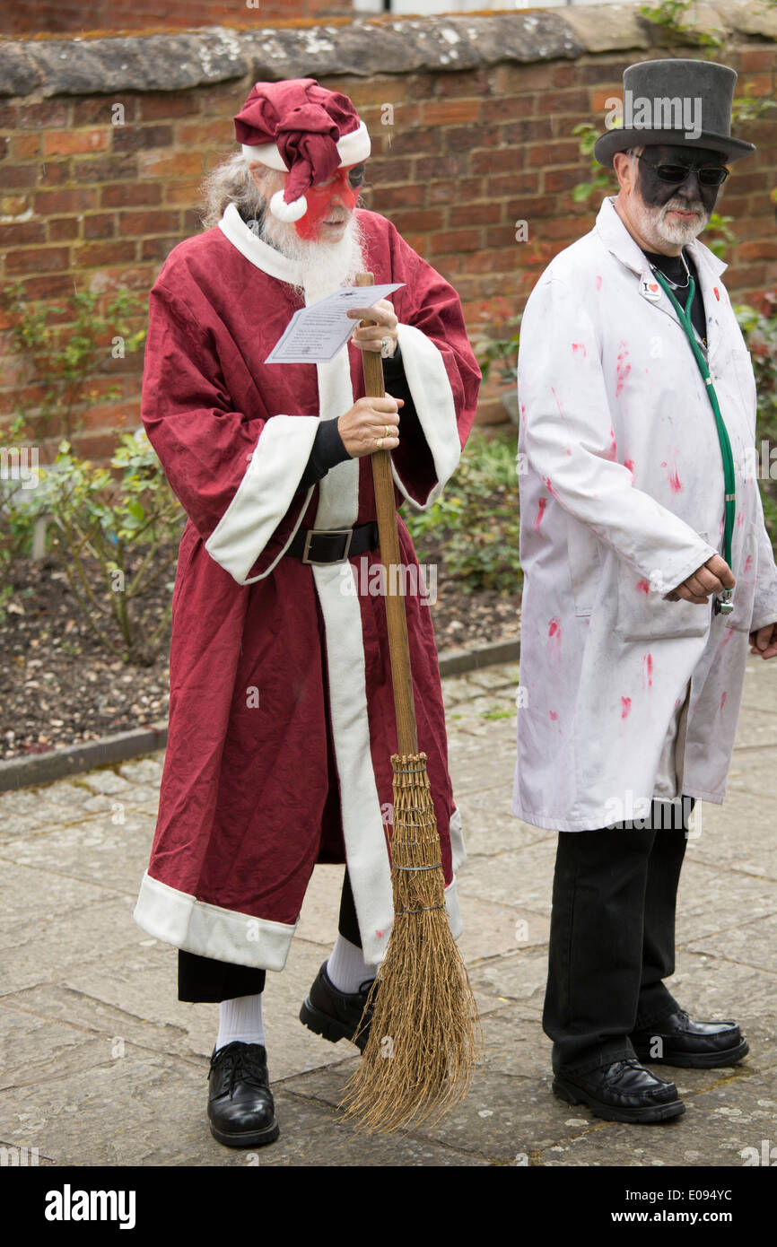 The Shakespeare Mummers taking part in the St George's Day parade in Alcester, Warwickshire - Stock Image