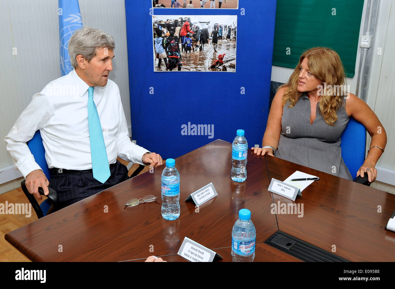 Secretary Kerry Meets With UNMISS Special Representative Johnson in South Sudan - Stock Image