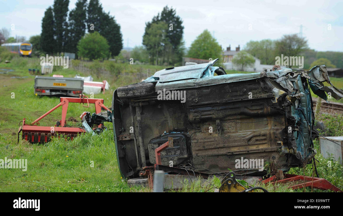 A 77 YEAR OLD MAN IS KILLED AS DRIVER KILLED AT DRIVER KILLED AT LEVEL CROSSIN SCAMPSTON MALTON NORTH YORKSHIRE ENGLAND 07 Ma - Stock Image