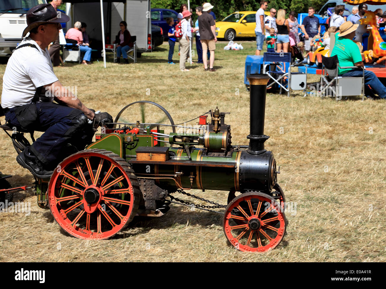 9405. Traction Engine miniature Rally, Fordwich, Kent, England - Stock Image
