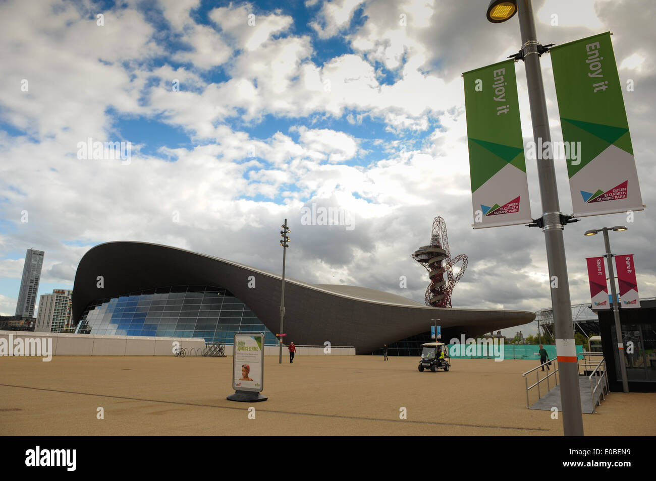 General view of the London Aquatic Centre, Queen Elizabeth Olympic Park - Stock Image
