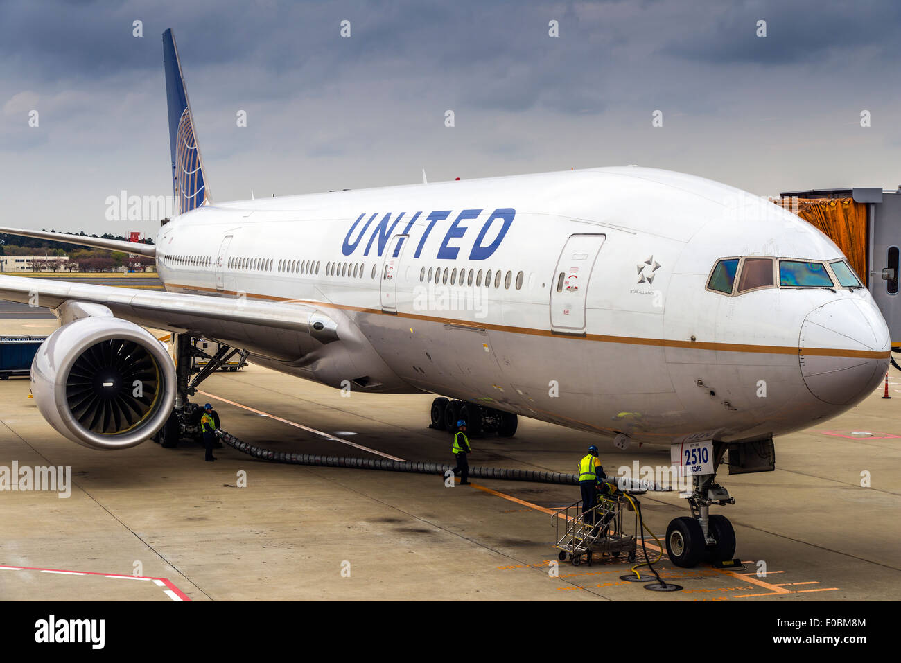 United Airlines Boeing 777 parked at gate, Narita international airport, Tokyo, Japan - Stock Image