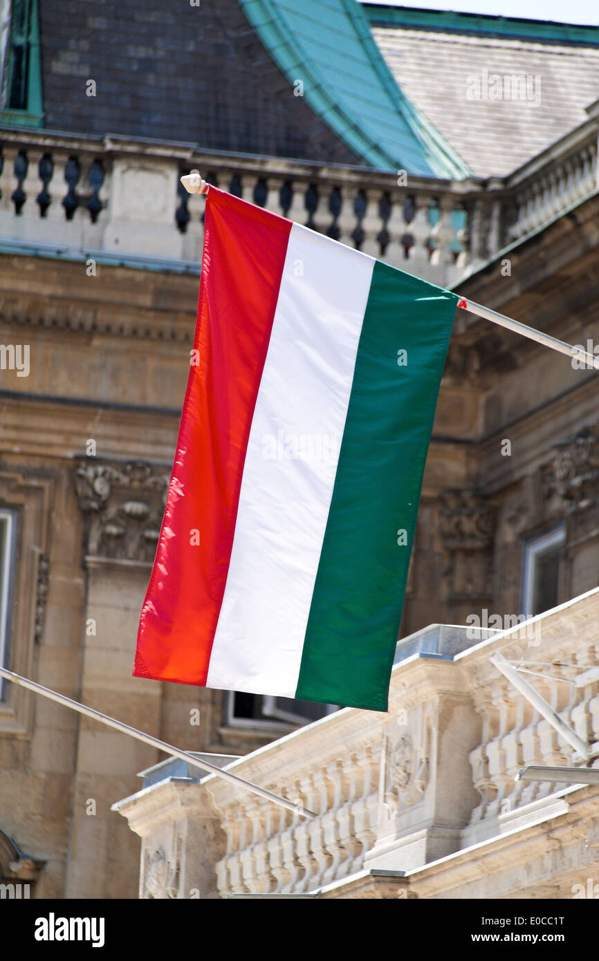 The Hungarian state flag in her colours red-white green, Die ungarische Staatsflagge in ihren Farben rot-weiss gruen - Stock Image