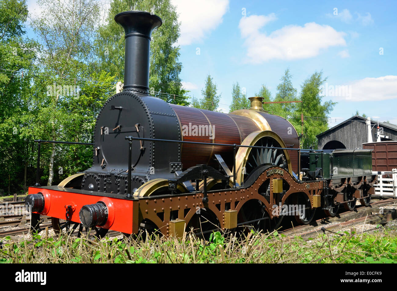 Didcot Railway Centre, home of the Great Western Society. Broad gauge engine 'Iron Duke' (replica) designed by Sir Daniel Gooch. - Stock Image