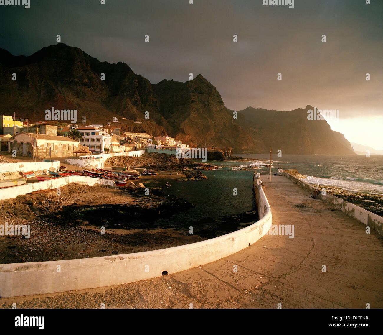 Quay wall of natural harbour Boca de Pistol in the evening sun, Ponta do Sol, Santo Antao, Ilhas de Barlavento, Stock Photo