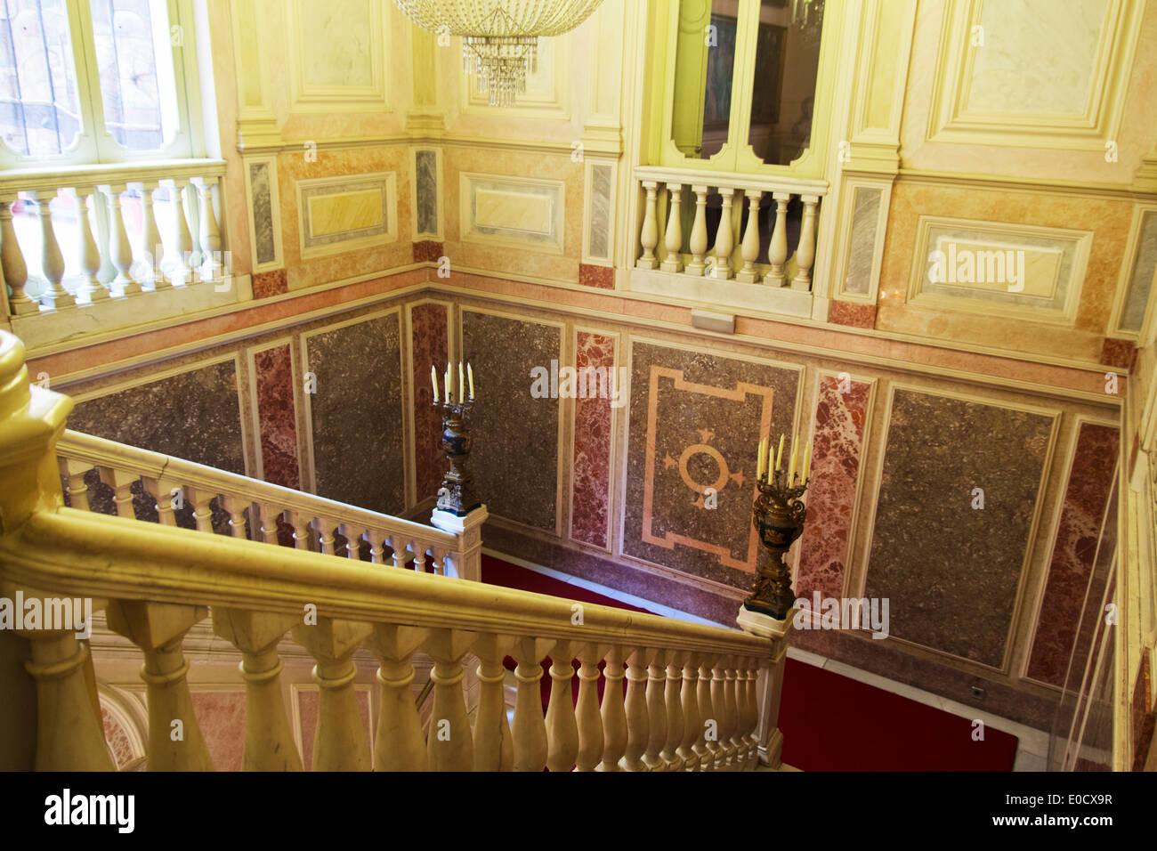 Grand Foyer Del Palacio : Baroque staircase stock photos