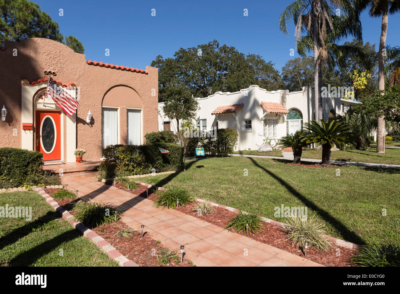 1930's Style Florida Bungalows, and Tropical Landscaping, Residential Neighborhood Tampa, FL, USA - Stock Image