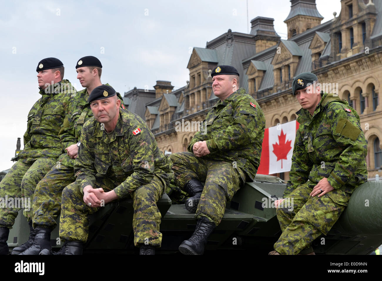 Ottawa, Canada. 09th May, 2014. Soldiers who served in the Canadian Forces in Afghanistan were honored on Parliament Hill during national Day of Honour May 9, 2014 in Ottawa, Canada Credit:  Paul McKinnon/Alamy Live News - Stock Image