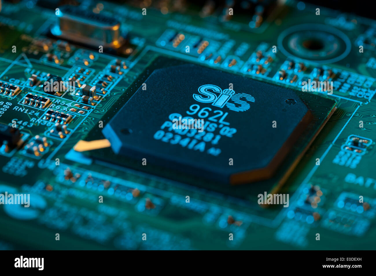 Silicon Chip Maker Stock Photos Images Circuit Board Of Sis 962l Southbridge Chipset On Image