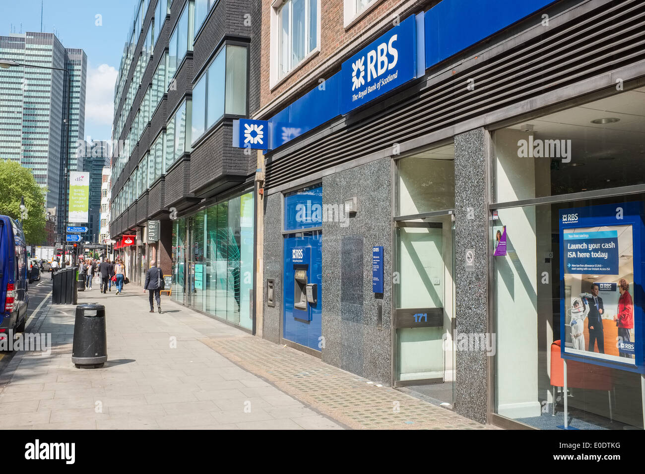 The entrance to the Tottenham Court Road branch of the Royal Bank of Scotland, London, England, UK on a sunny day - Stock Image