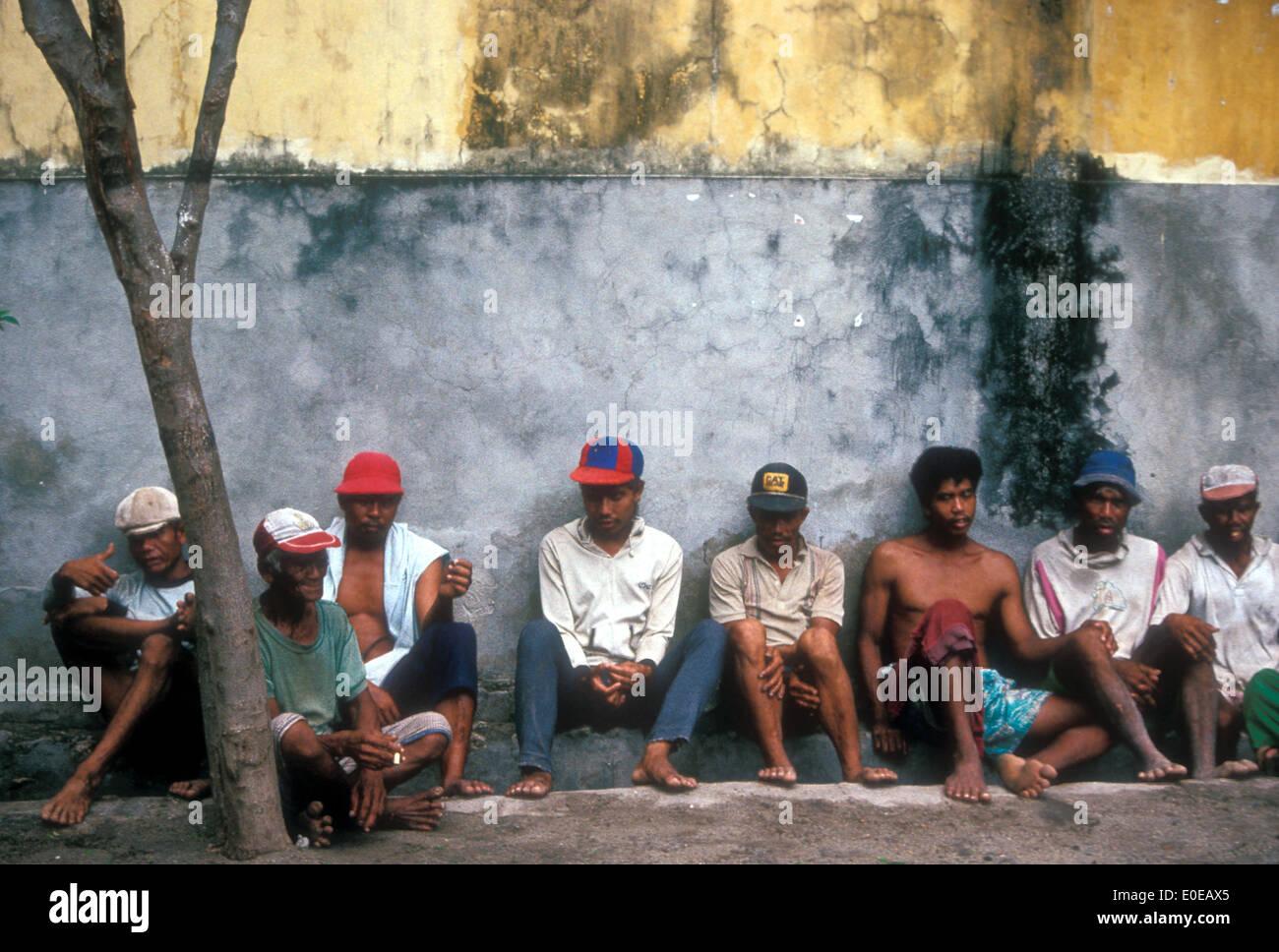 Unemployed Men Stock Photos & Unemployed Men Stock Images - Alamy