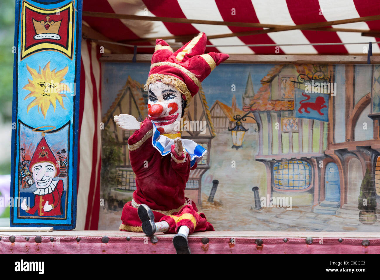 Punch And Judy Puppeteer Stock Photos & Punch And Judy