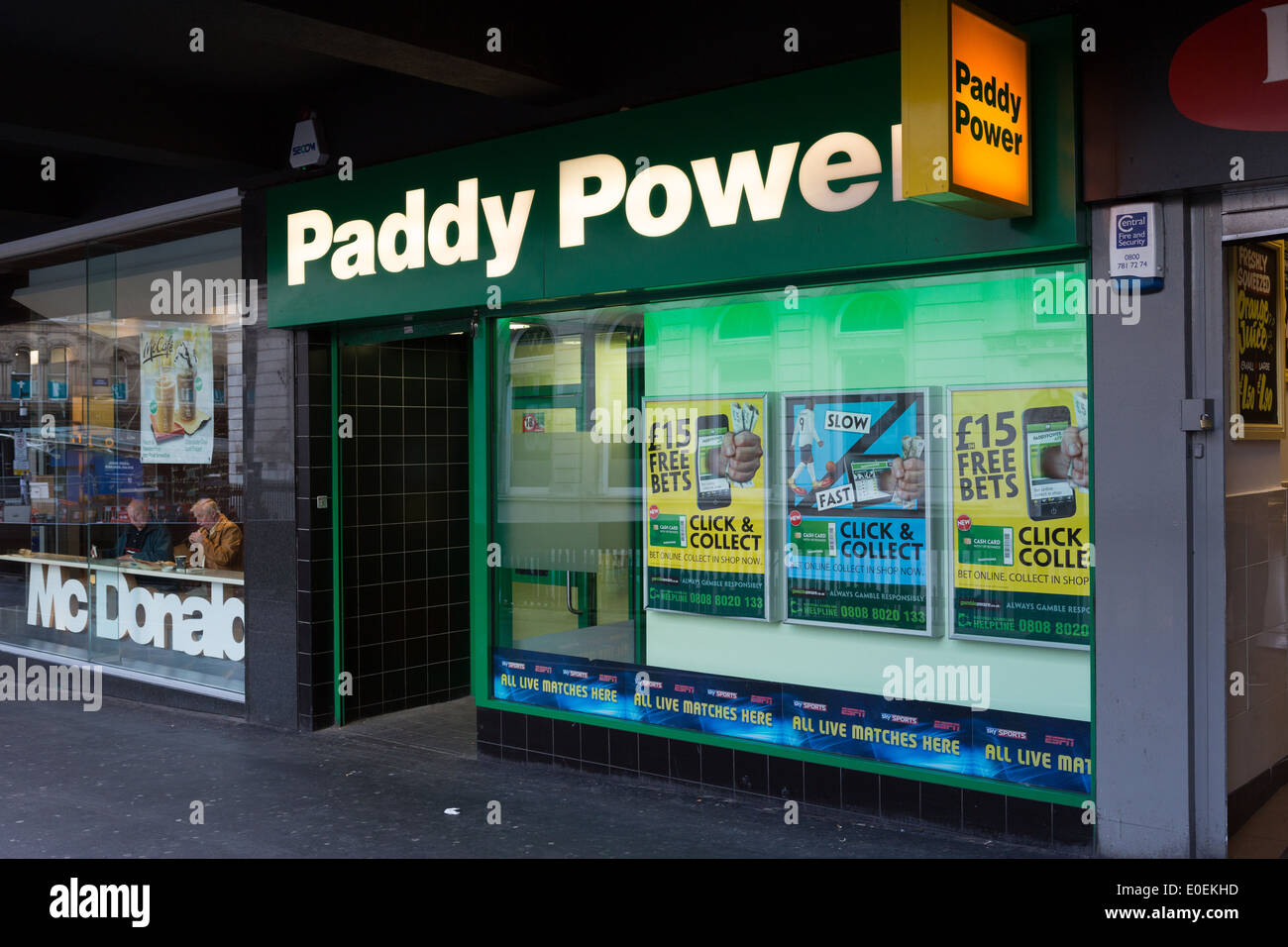 The front of a Paddy Power betting shop - Stock Image