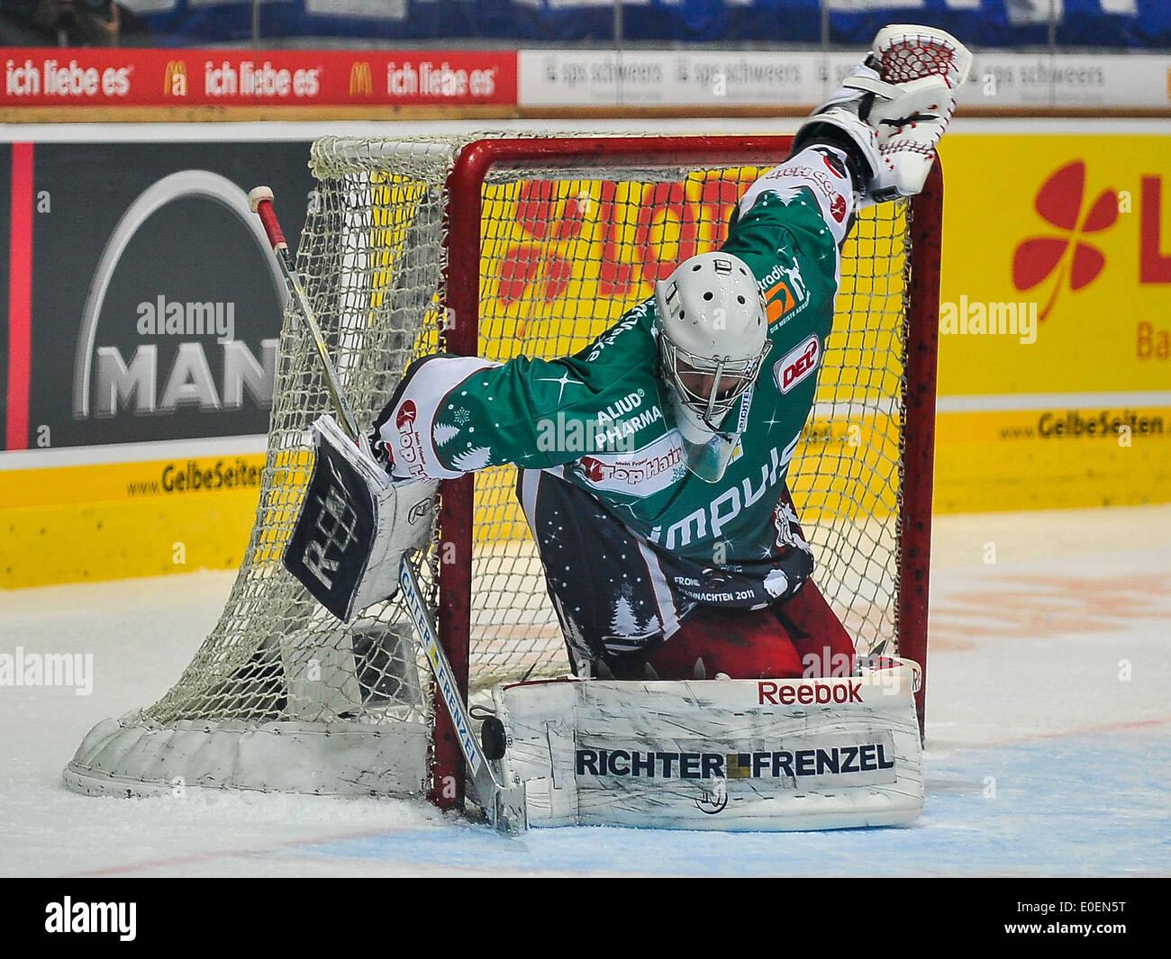 Torhueter Tyler Weiman Eishockey DEL Sport Wintersport Hockey, for editorial use only, - Stock Image