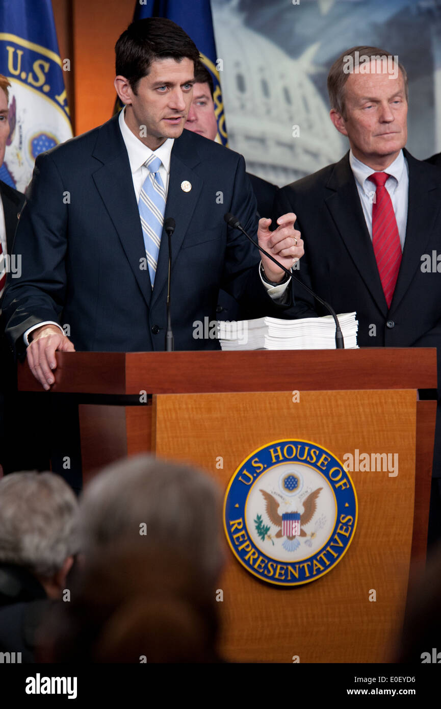 US House Budget Chairman Rep. Paul Ryan holds a press conference about the federal budget stalemate April 5, 2011 in Washington, DC. - Stock Image