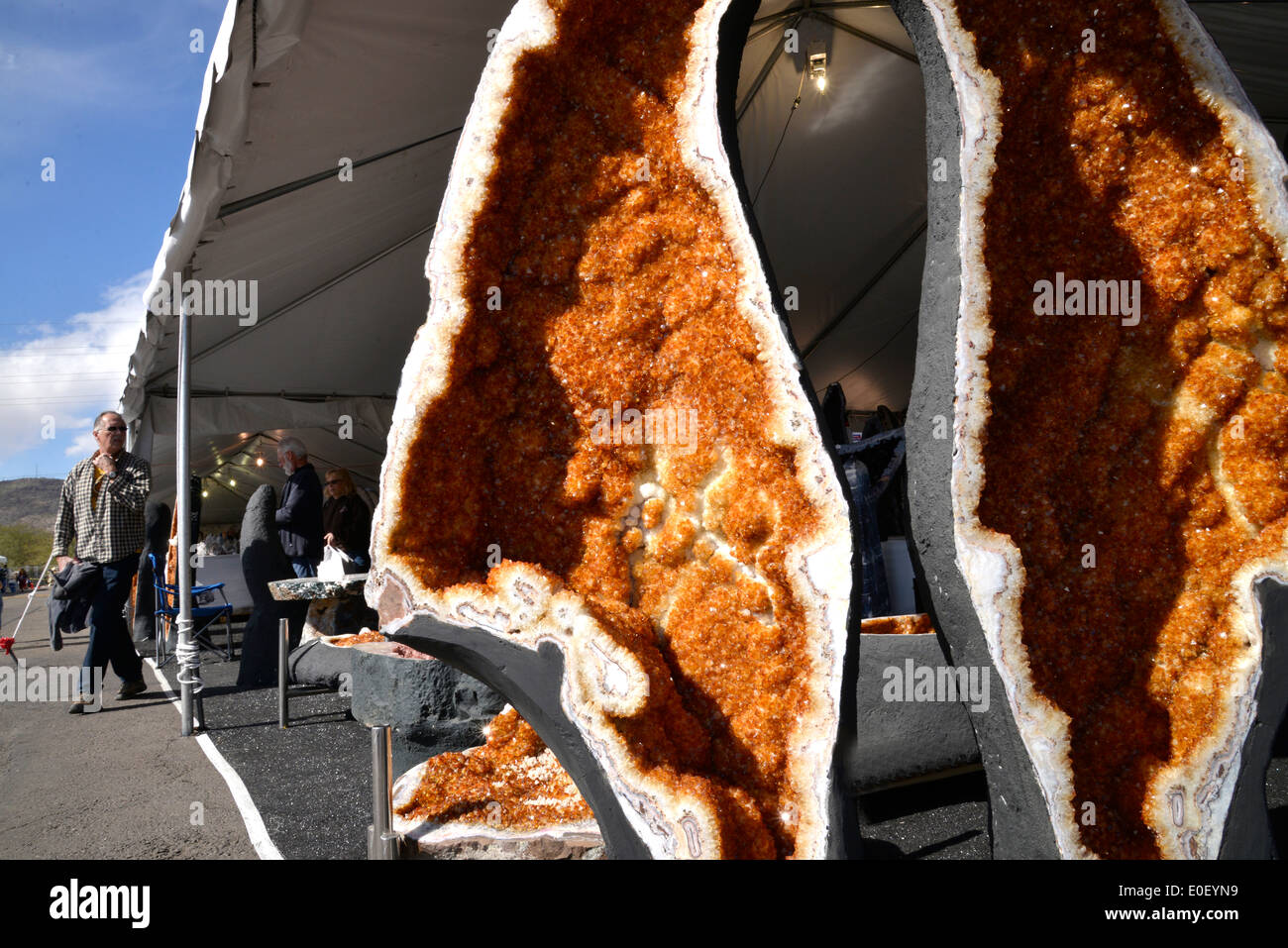 The annual Tucson Gem and Mineral Show draws vendors and buyers from around the world in Tucson, Arizona, USA. Stock Photo