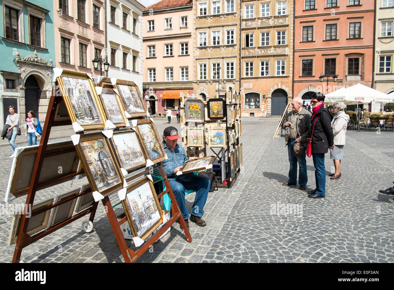 Art shopping Old Town Warsaw Poland souvenir - Stock Image