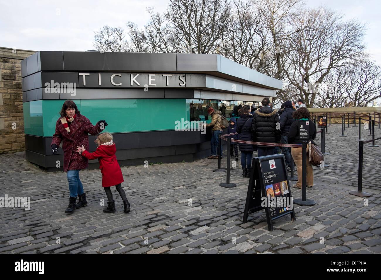 Edinburgh castle tourists tickets touristic place - Stock Image