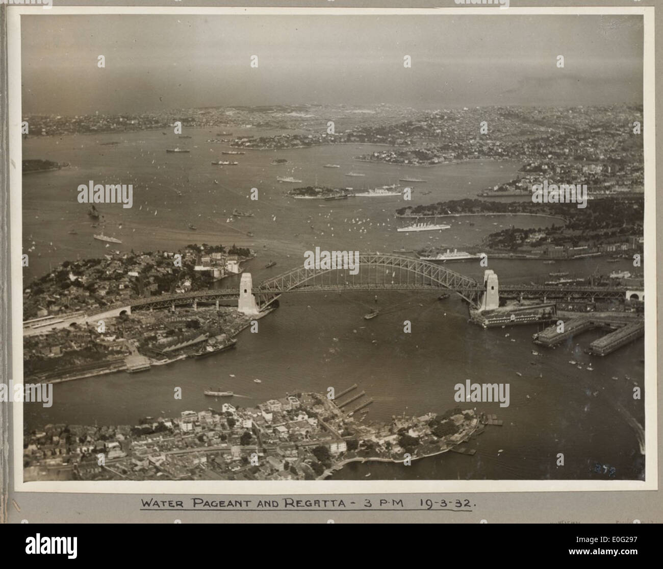 Water pageant and regatta at Sydney Harbour Bridge, 19 March 1932 - Stock Image